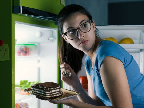 Are Your Patients Struggling with Night Eating Syndrome?